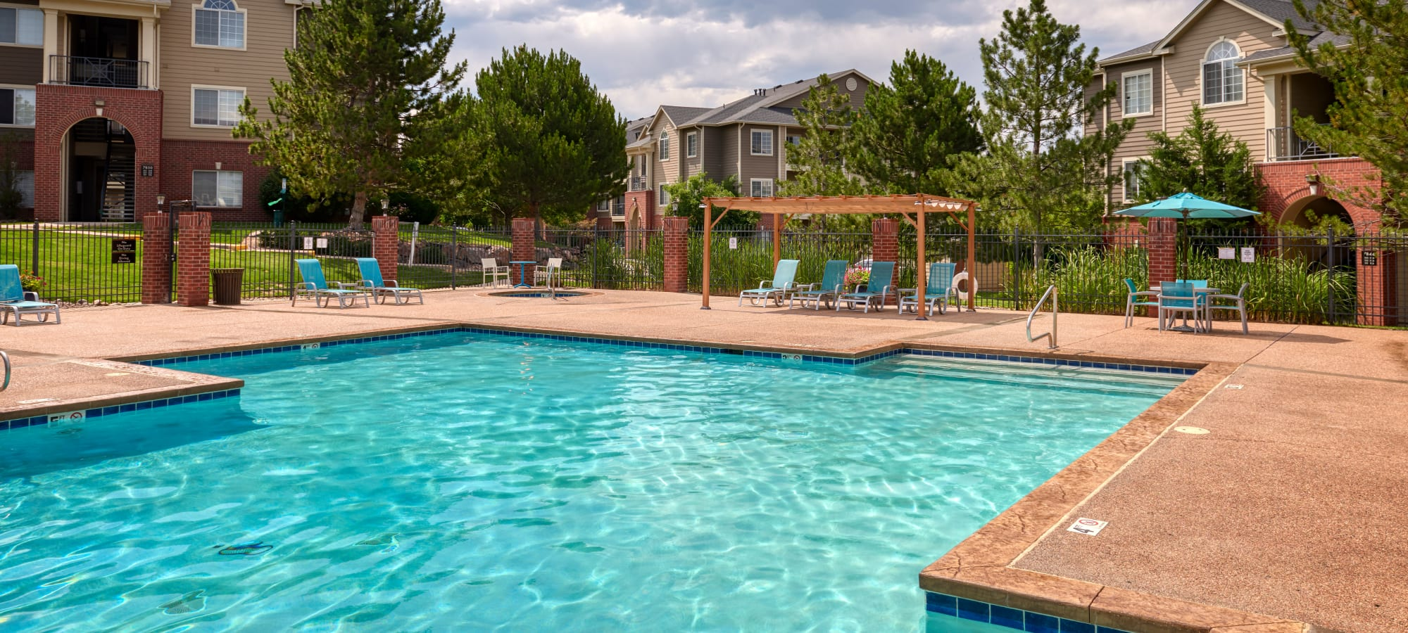 Skyecrest Apartments in Lakewood, Colorado
