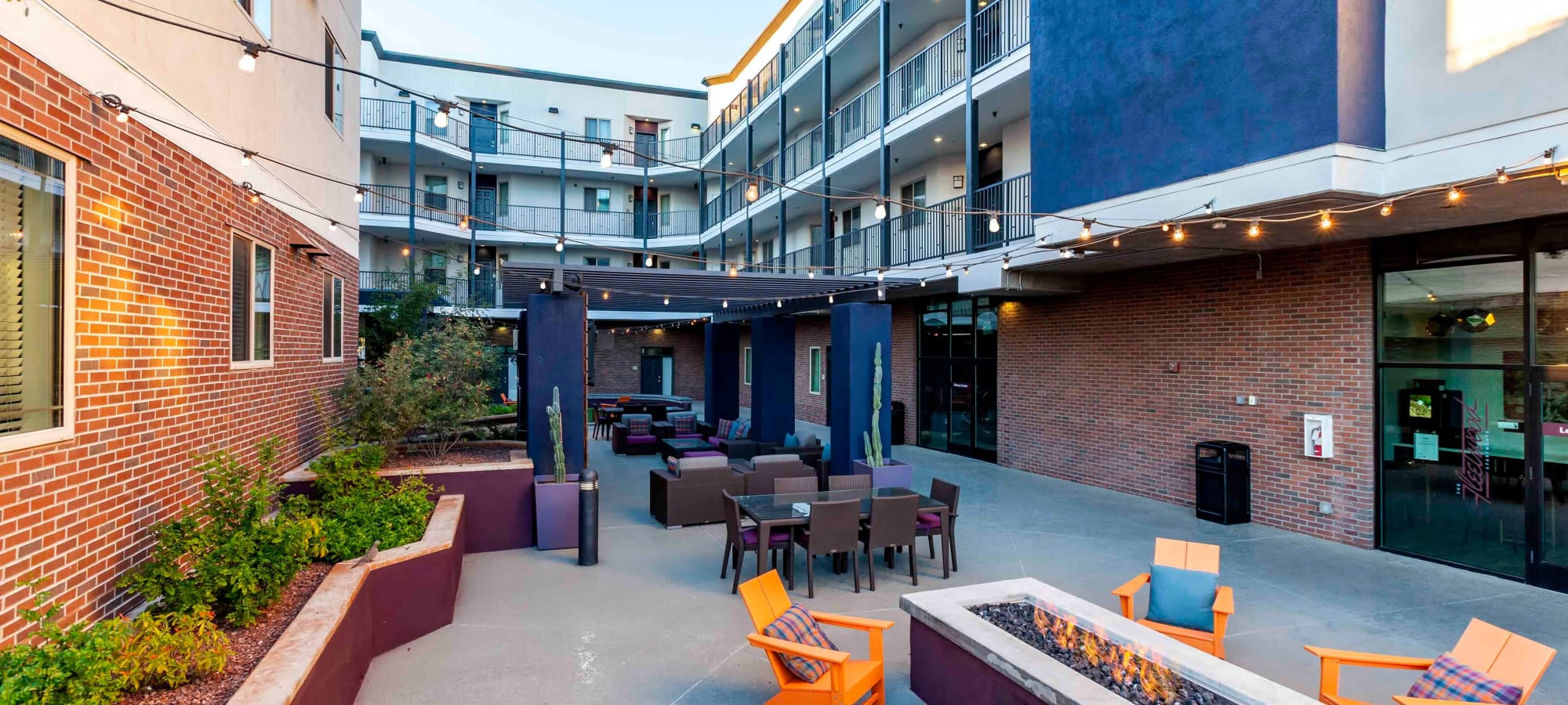 Outdoor courtyard area at The Fleetwood in Tempe, Arizona