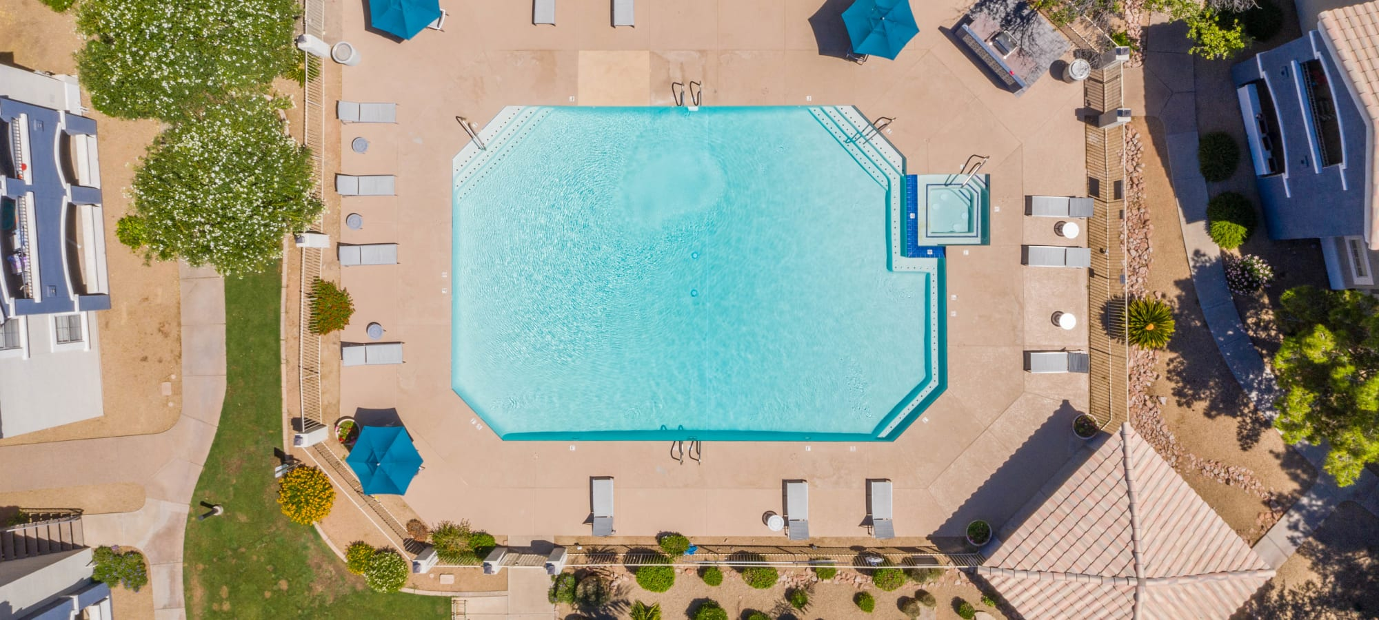 Aerial view of pool at The Sterling in Gilbert, Arizona