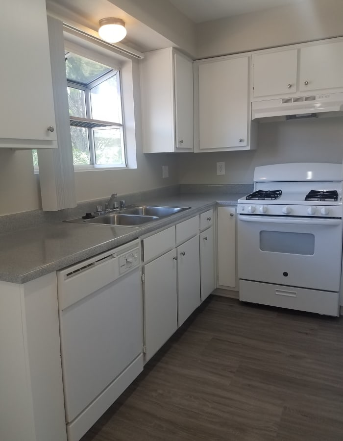 Upgraded kitchen at Sienna Heights Apartment Homes in Lancaster, California