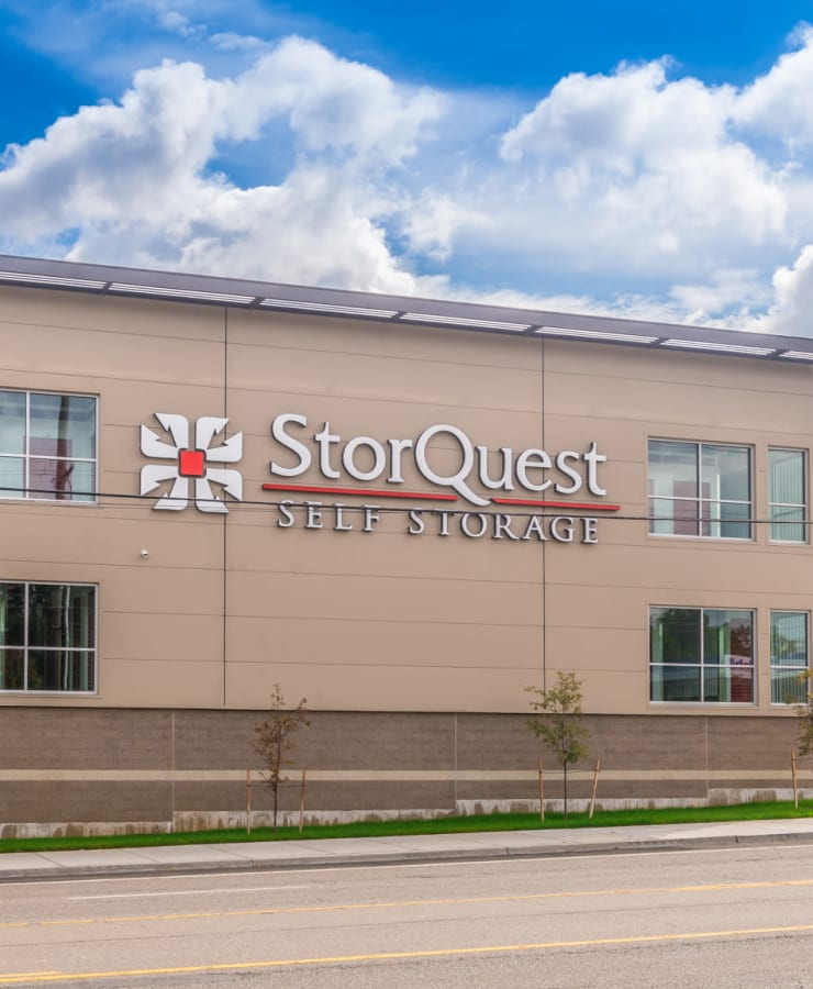 Branding and signage at StorQuest Self Storage in Tigard, Oregon
