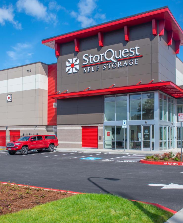 Exterior of StorQuest Self Storage in Hillsboro, Oregon