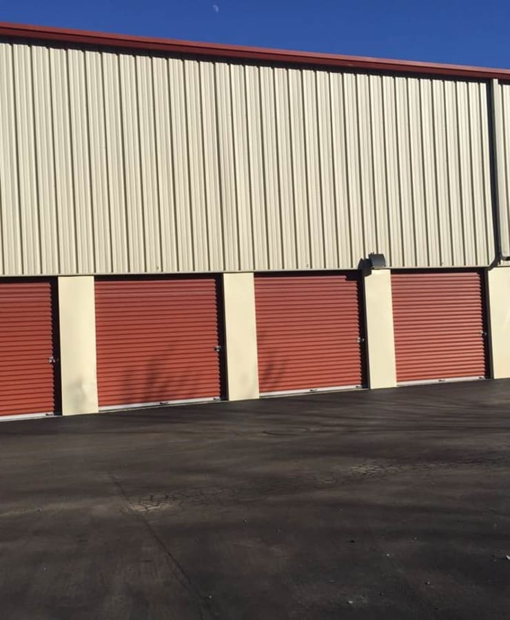 Outdoor access to large storage units at StorQuest Self Storage in Shirley, New York