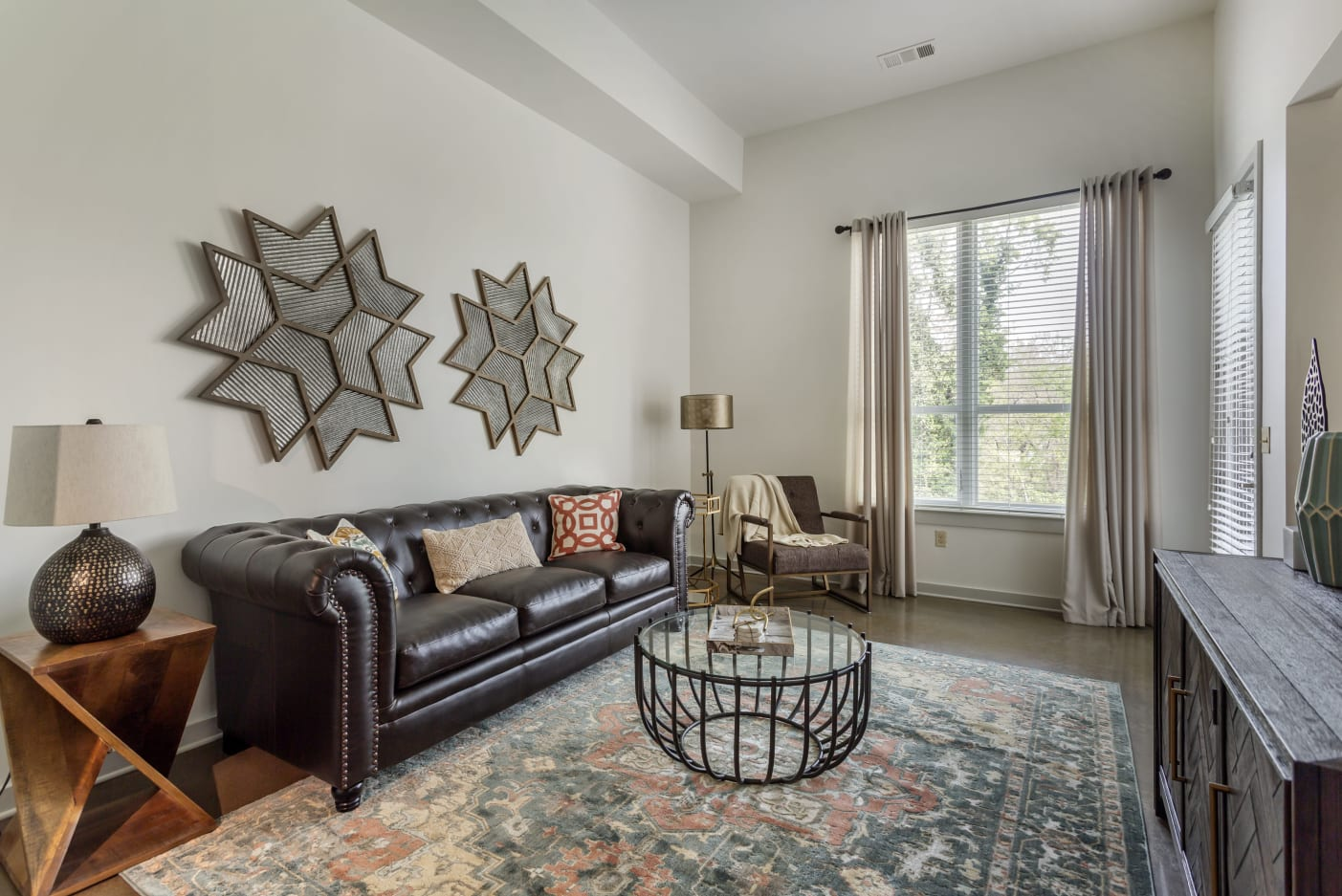 Apartments with living rooms with high ceilings at 12 South Apartments