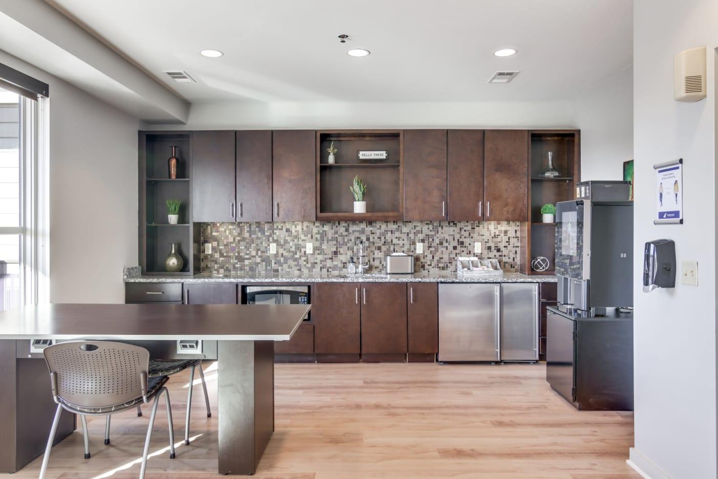 modern-nashville-apartments-kitchen