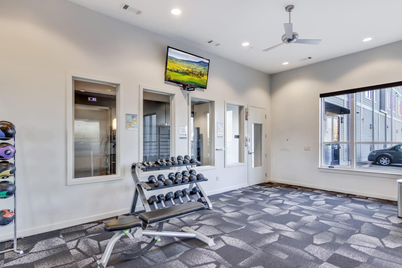 fitness-center-nashville-apartments