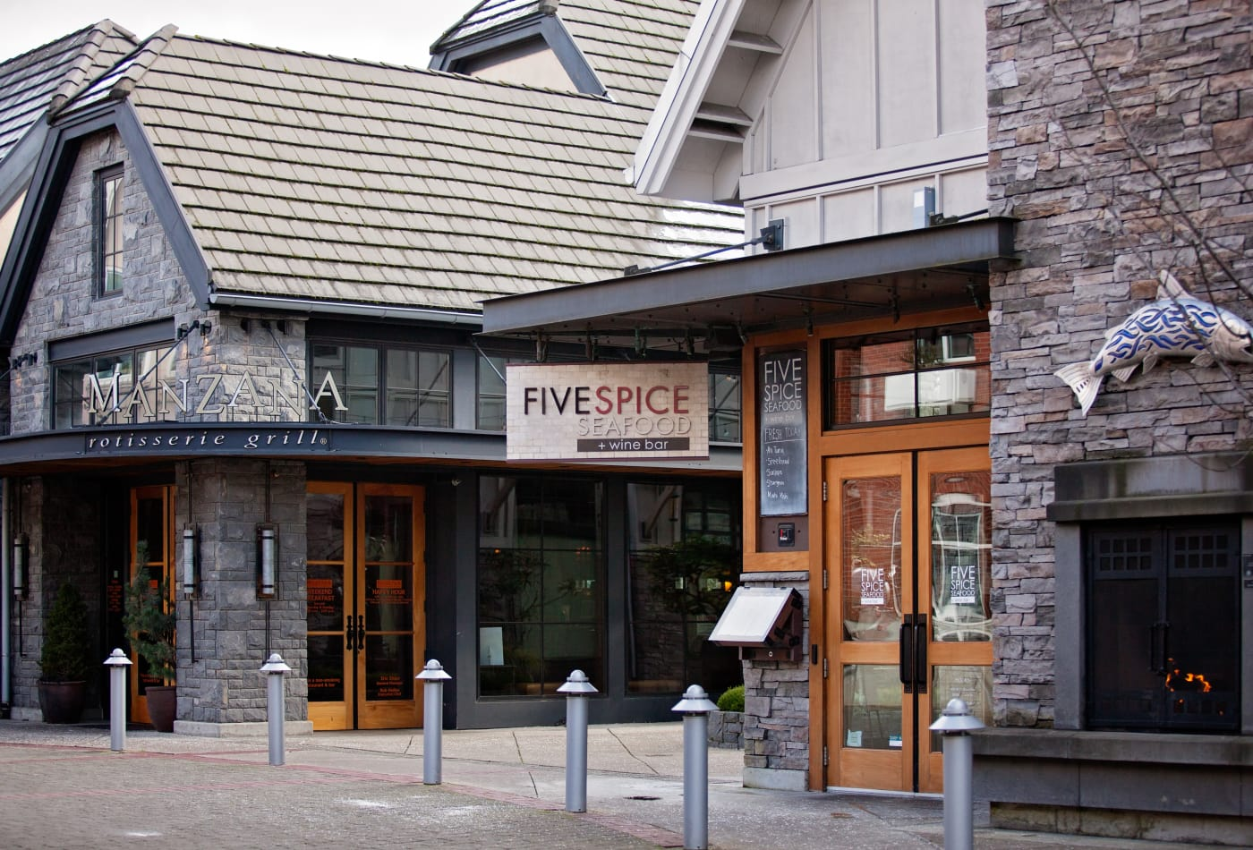 Exterior view of several retail shops in downtown Lake Oswego