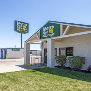 Contact Metro Self Storage in Lubbock, TX near Texas Tech