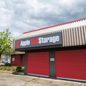 Apple Self Storage - Waterloo
