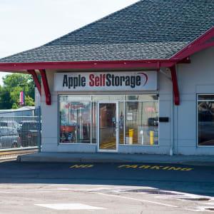 Apple Self Storage - Moncton