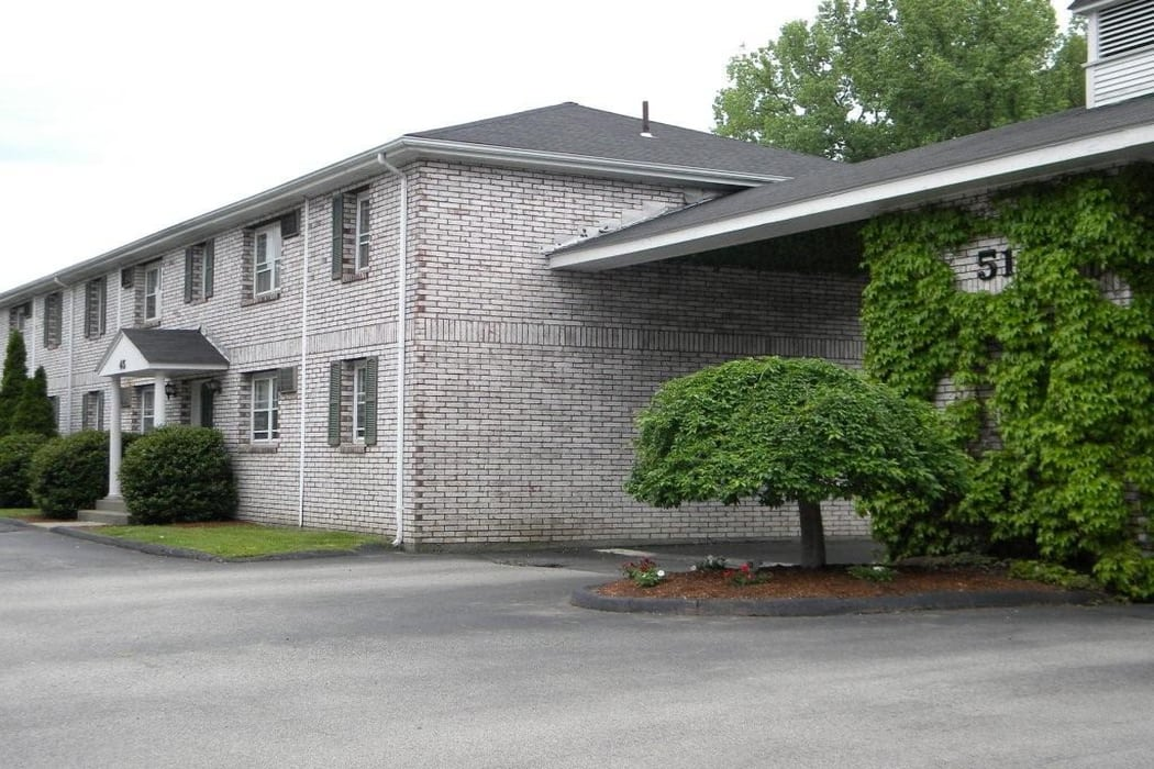 Exterior view of Van Deene Manor in West Springfield