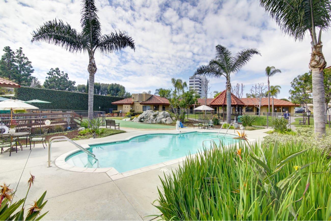 Beautiful swimming pool at Huntington Terrace in Huntington Beach, California