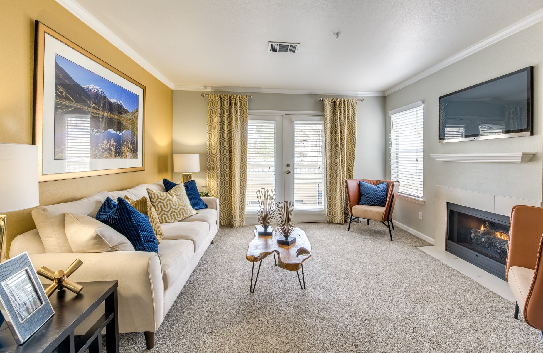 Affordable 1 2 and 3 Bedroom Apartments in Longmont CO