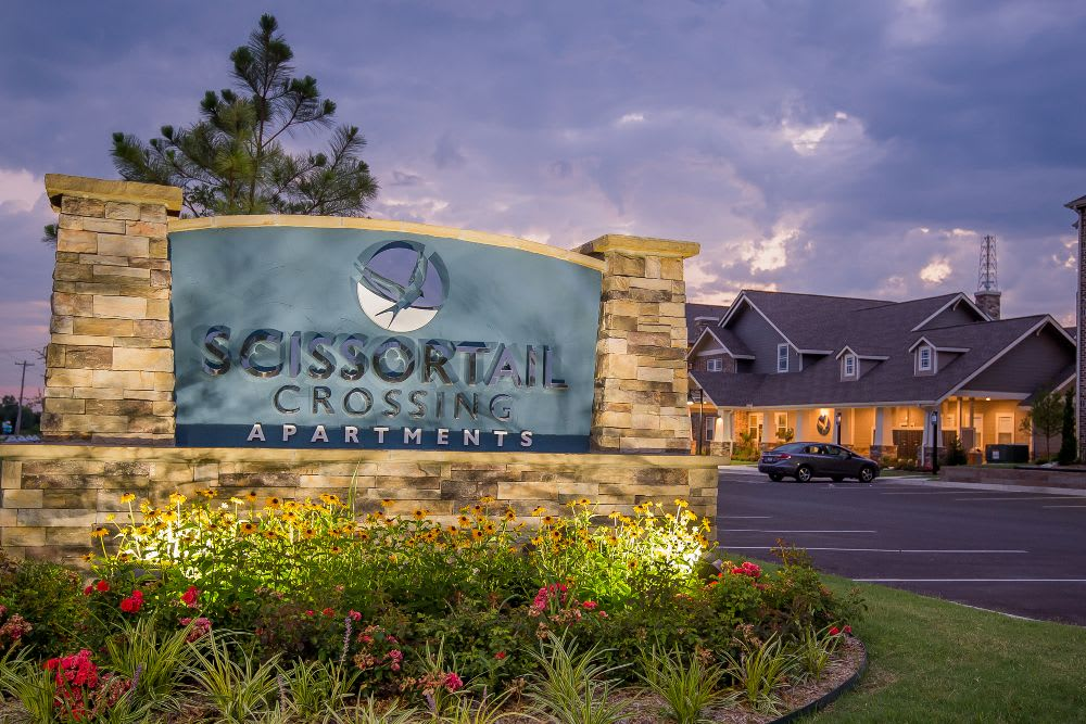 Welcome to Scissortail Crossing Apartments in Broken Arrow, OK
