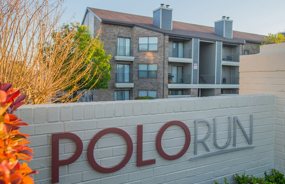 Sign at Polo Run Apartments
