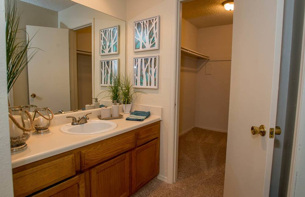 large bathroom at Polo Run Apartments