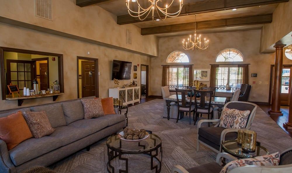 Lobby at Tuscany Hills at Nickel Creek