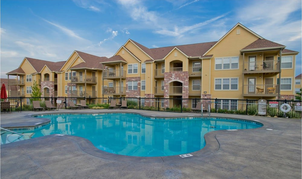 Tuscany Place Pool in Lubbock, TX