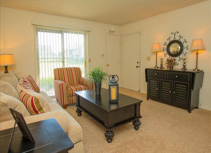 Living area in Tulsa apartments