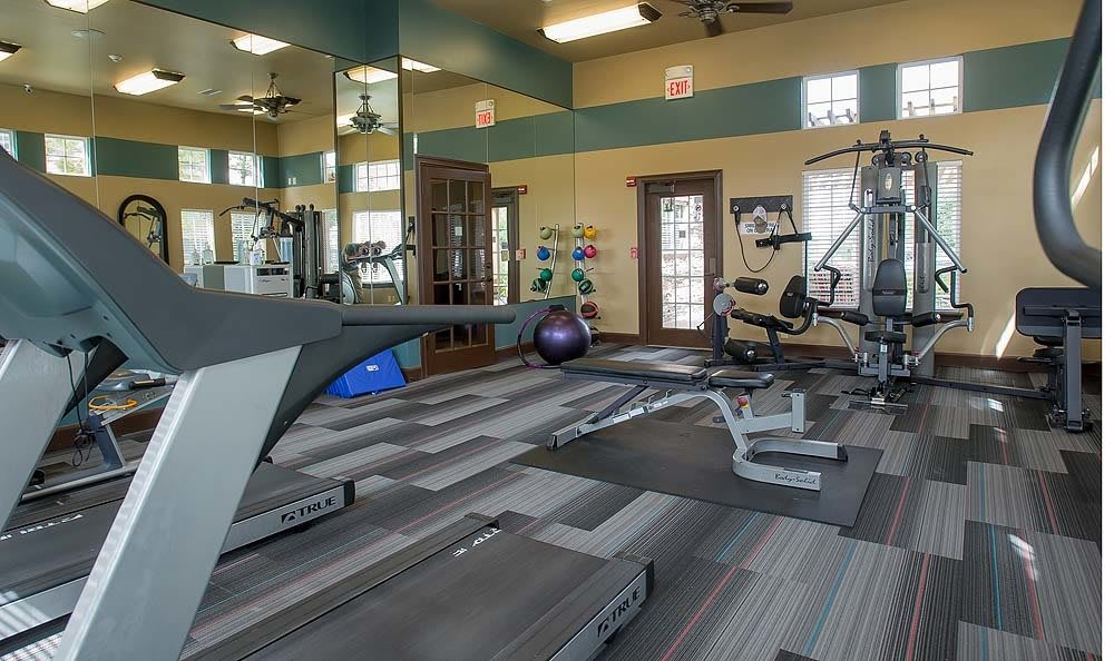 Apartments with fitness facility in Broken Arrow