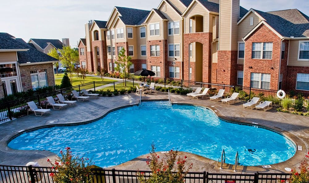 Swimming pool at our apartments in Broken Arrow
