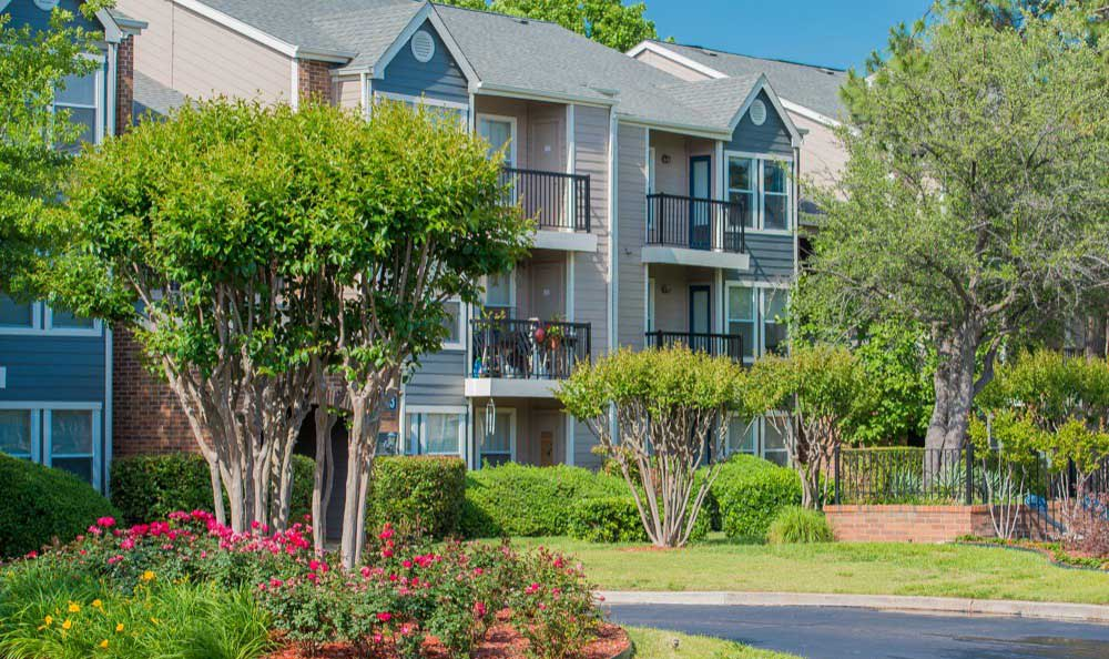 Photos of Apartments in Tulsa, OK   Waterford Tulsa Apartments