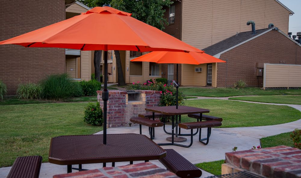 Exterior living areas at Windsail Apartments