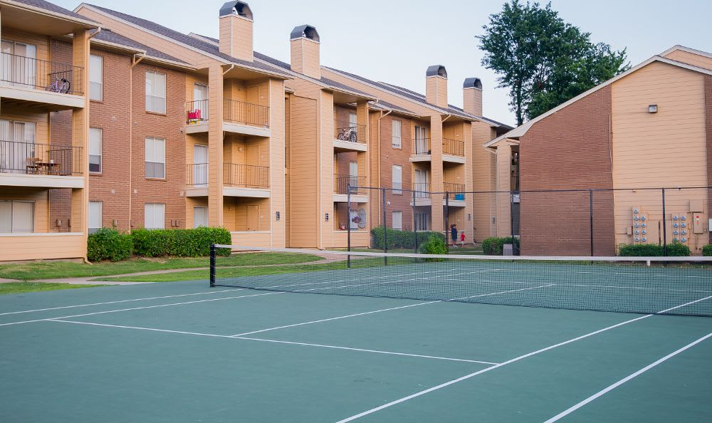 Tennis court at Windsail Apartments