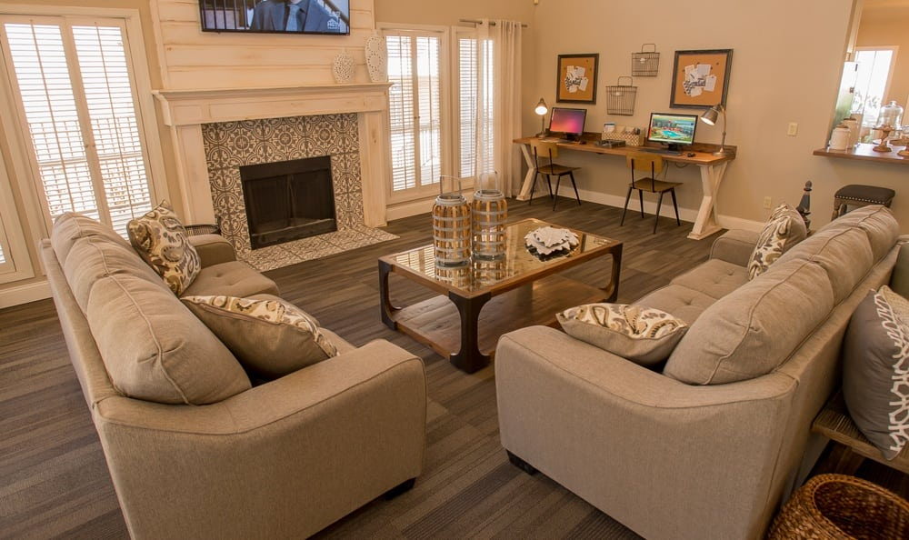 Comfortable living room at Windsail Apartments