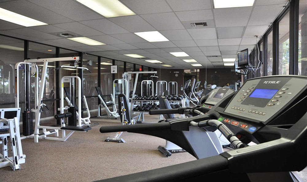 El Paso apartments with a gym