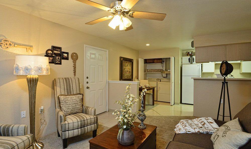 El Paso apartment living room