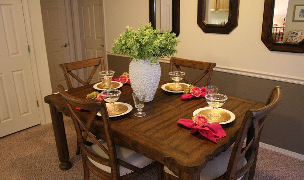 Dining room in Amarillo apartments