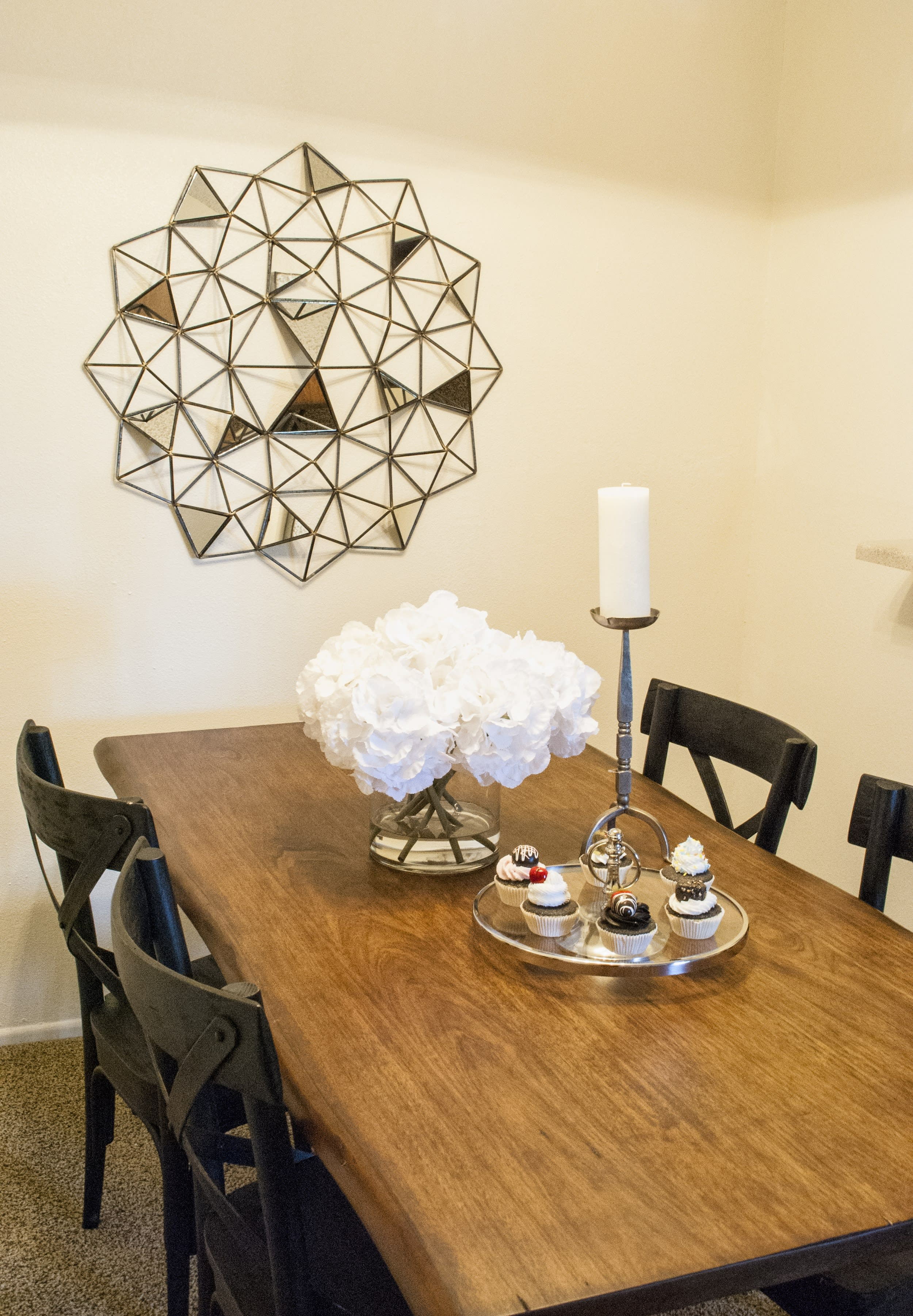 dining el paso apartments