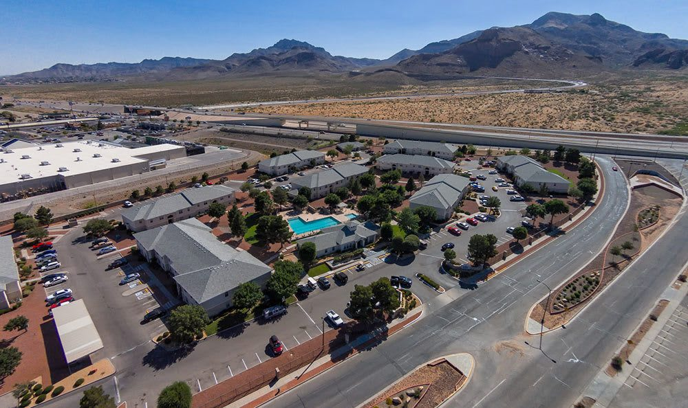 Swimming pool, spa, and sun deck in El Paso, apartments