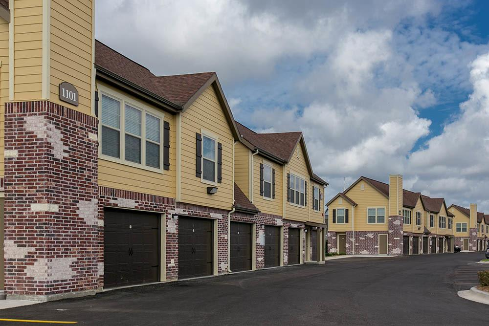 Tuscana Bay Apartments with attached garages