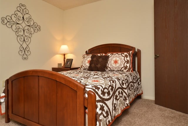 Aspen Park Apartments bedroom in Wichita, KS