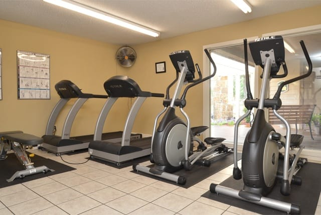 Fitness equipment at Aspen Park Apartments
