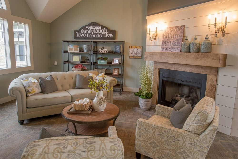 Raintree Apartments offers a cozy living room in Wichita, Kansas