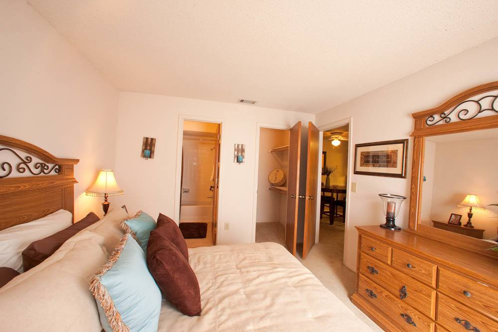 Silver Springs apartments feature spacious bedrooms
