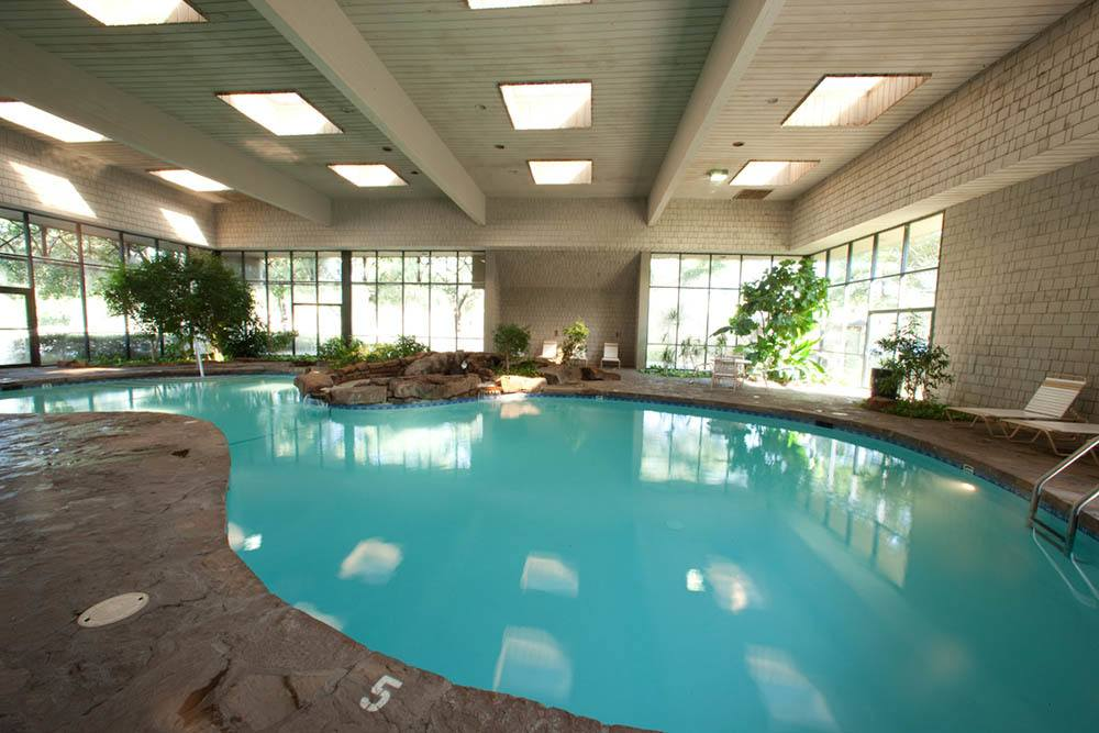 Enjoy our indoor tropical pool at Silver Springs
