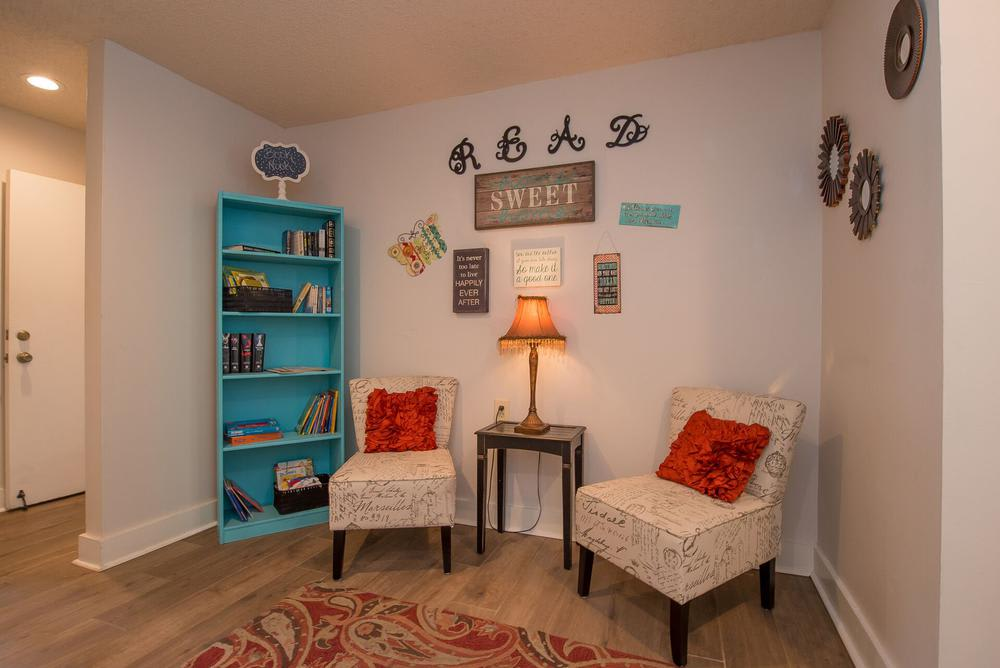 Cozy reading room at apartments in Wichita, Kansas