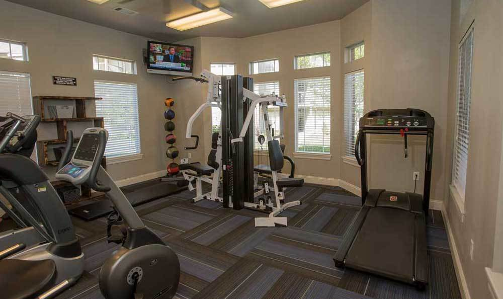 Fitness facility at Villas of Waterford Apartments