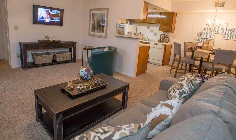 View the Cimarron Pointe Apartments floor plans
