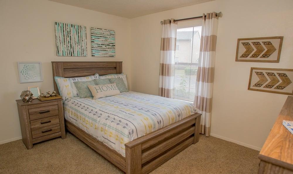 Cimarron Pointe Apartments bedroom