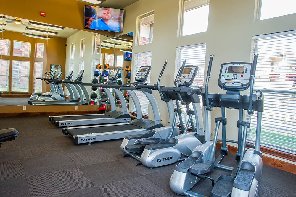Keep fit in our on-site fitness center at Icon at Norman