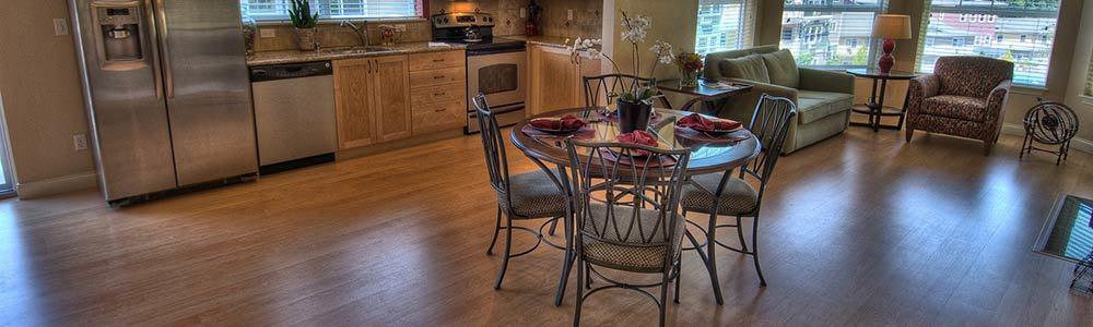 Dining room at Bothell senior living