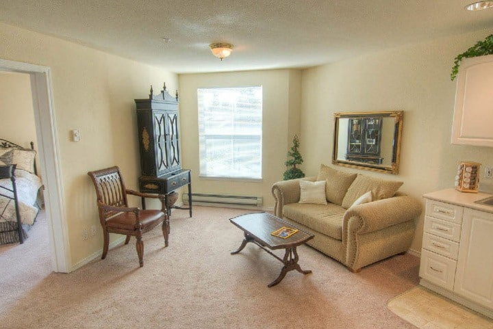 A look inside the living room at our senior living community in Lynnwood Washington