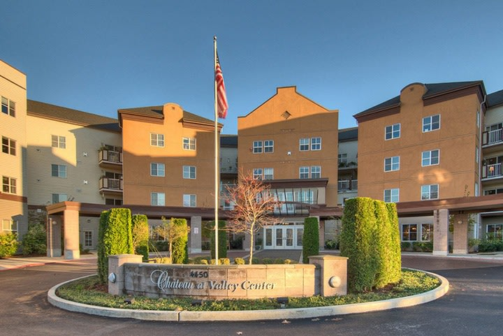 Front view of senior living in Renton