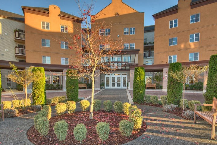 Exterior view of senior living in Renton