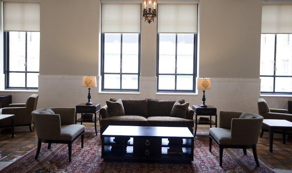 Spacious living room at 400 North Ervay